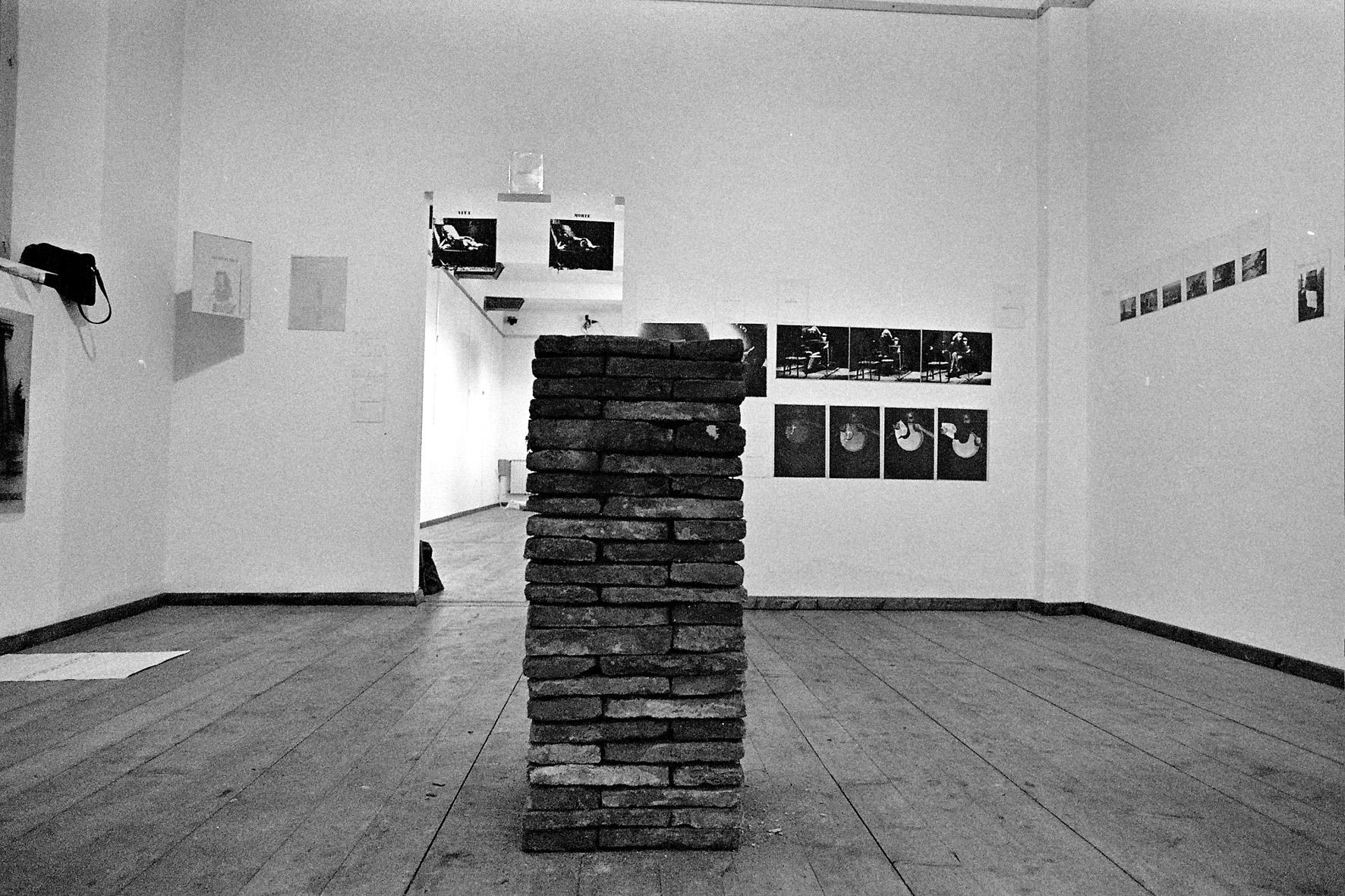 Allestimento  del progetto del Mulino Stucky nella galleria Arte Strucktura, Milano, 1977